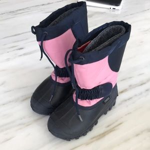 Tundra girls snow boots size 12